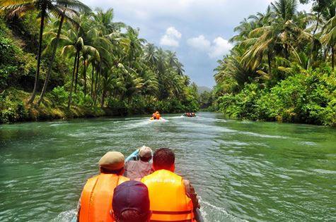 Sungai Maron Pacitan Indonesia Amazon Pemandu Wisata Sebuah Kabupaten Terletak