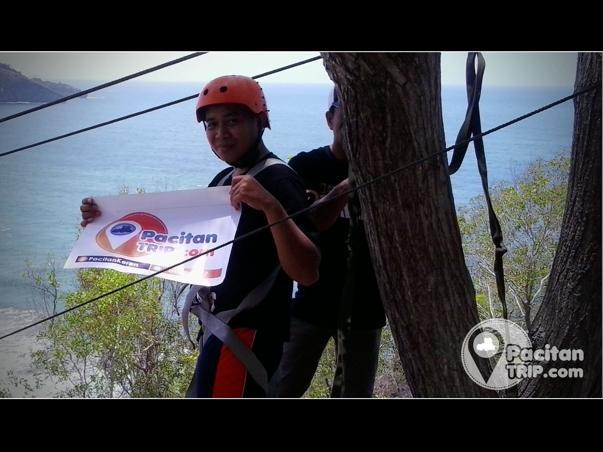 Video Flying Fox Terpanjang Indonesia Pantai Taman Pacitan Youtube Kab