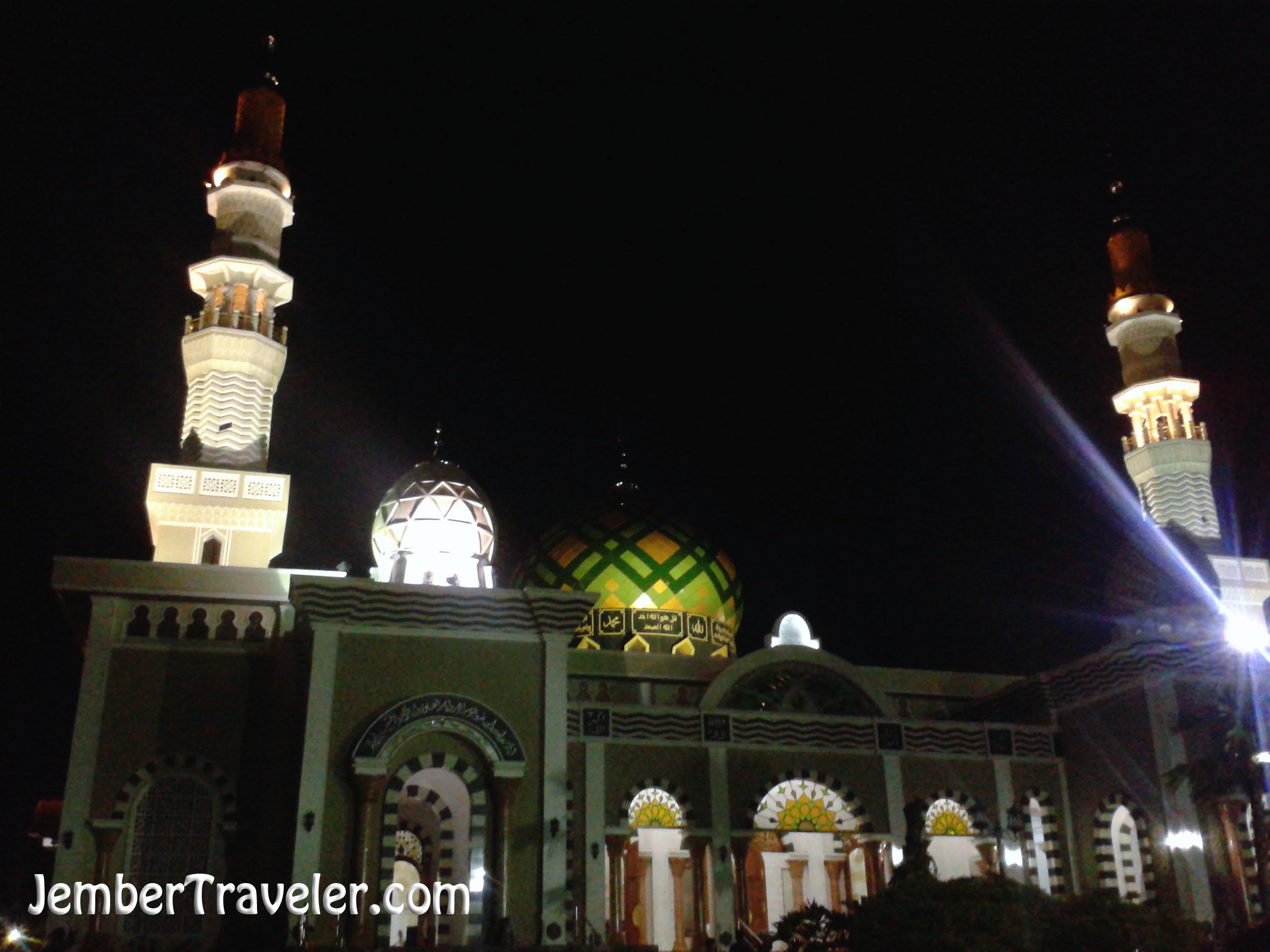 Hujan Pantai Klayar Jember Traveler Masjid Agung Pacitan Kab