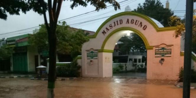 Innalillahi 11 Pacitan Tewas Cempaka Dream Id Gerbang Masjid Agung