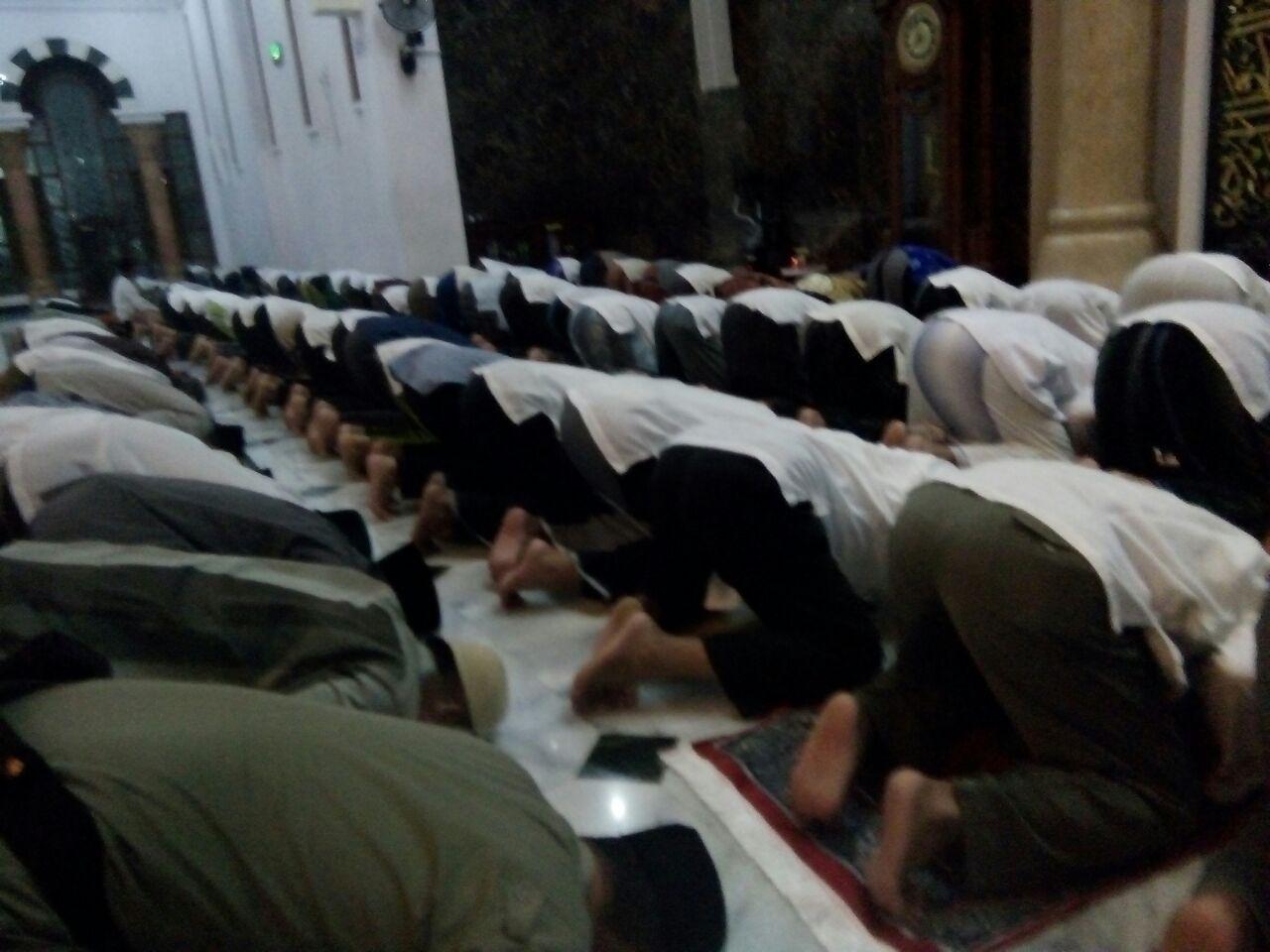 Kasdim Pacitan Mengikuti Sholat Hajat Sujud Syukur Masjid Kita Sebagai