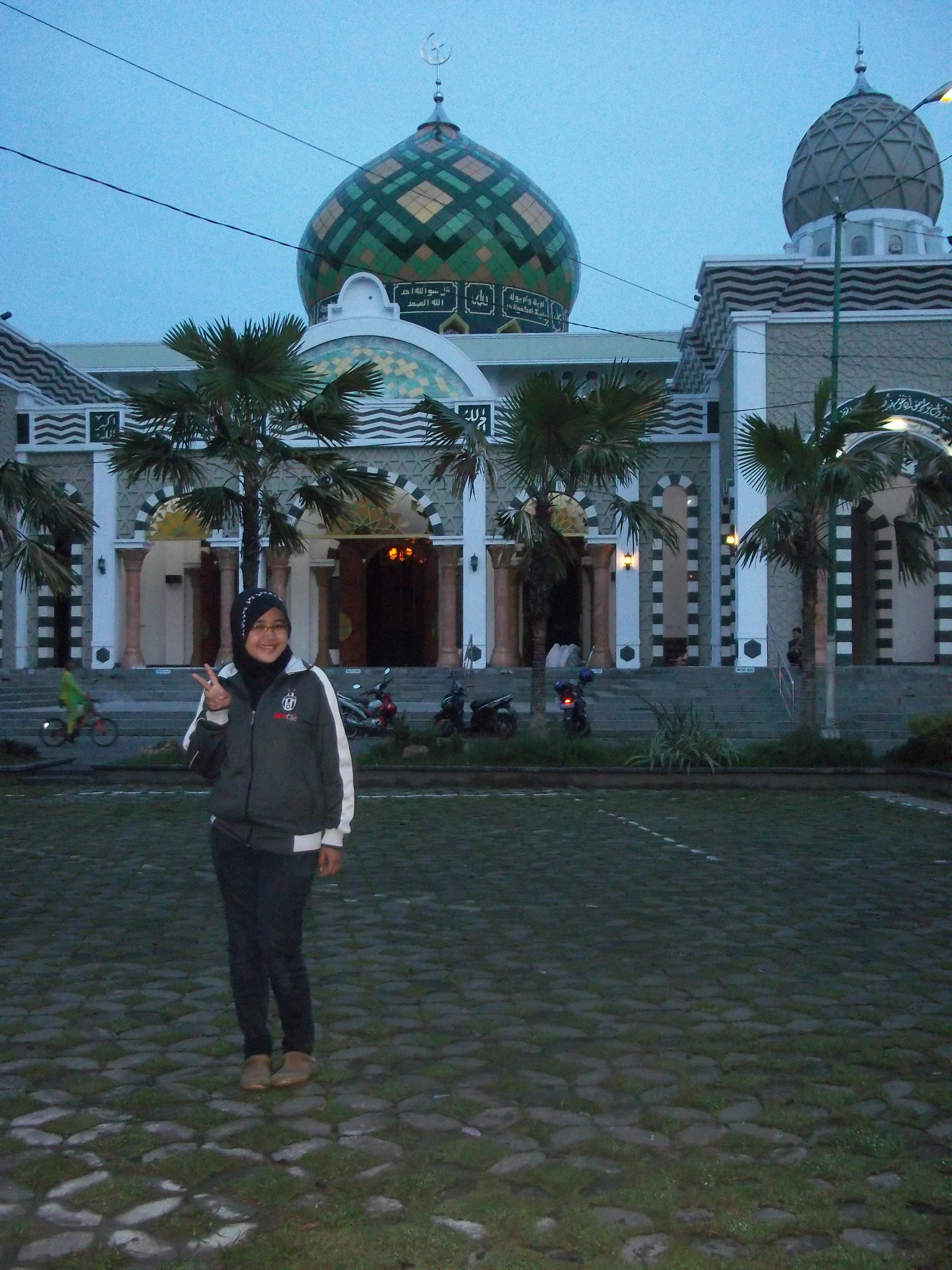 Pacitan Coloureverywhere Masjid Agung Sister Kab