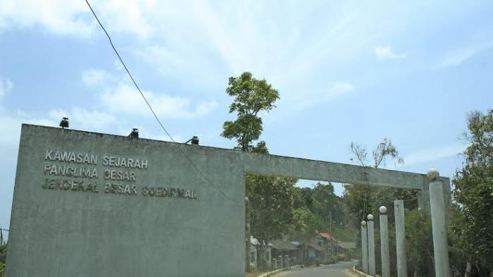 Megahnya Monumen Panglima Besar Jenderal Sudirman Pacitan Tribun Jogja Hamim