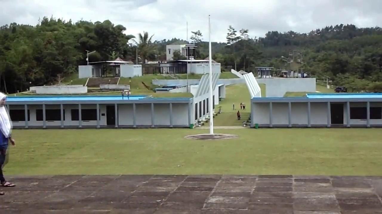 Monumen Jendral Sudirman Pakis Youtube Jenderal Soedirman Kab Pacitan