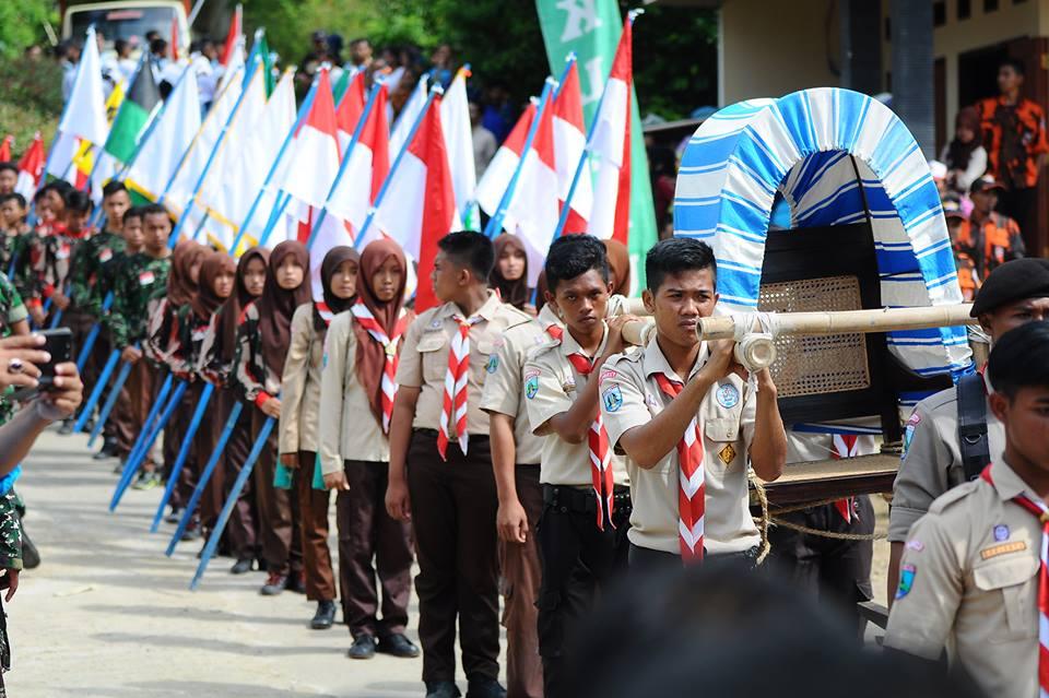 Napak Tilas Jenderal Soedirman Pacitan Disambut Antusias Warga Kirab Replika