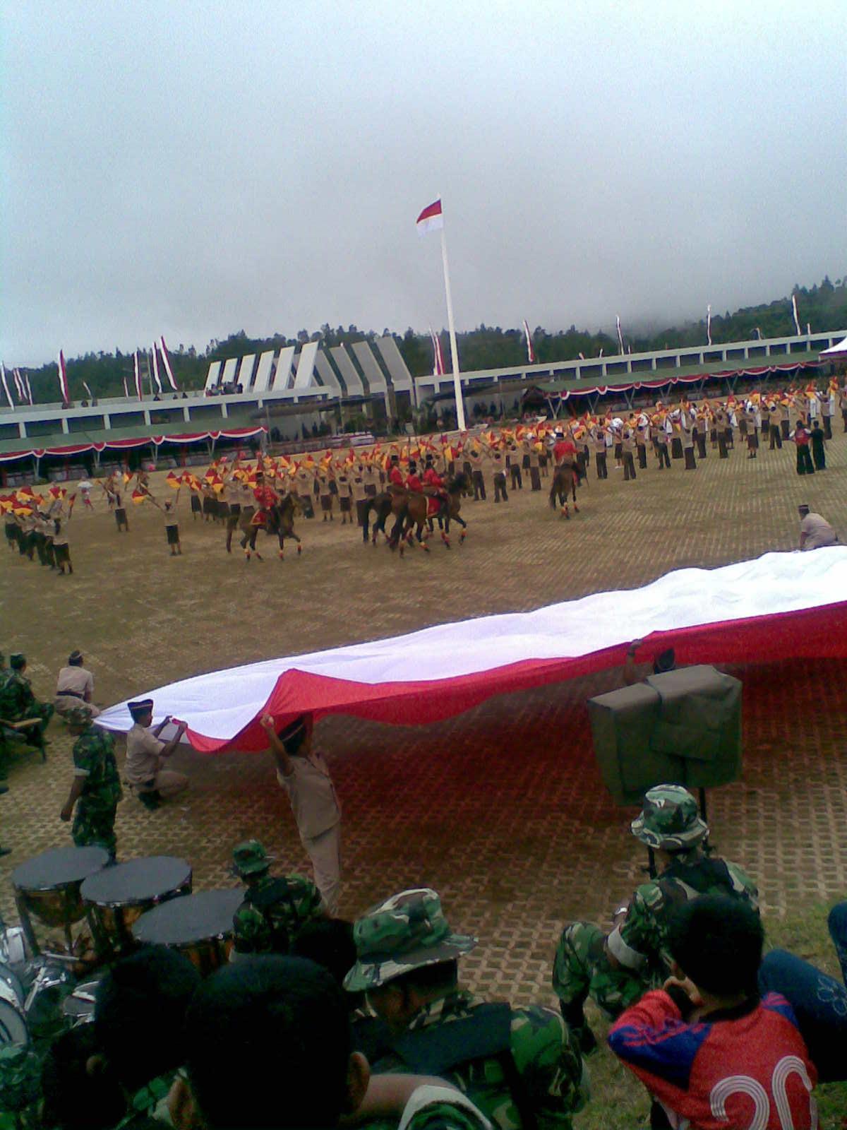 Nastiti Puji Rahayu Monumen Jendral Sudirman Pakis Nawangan Foto Presiden