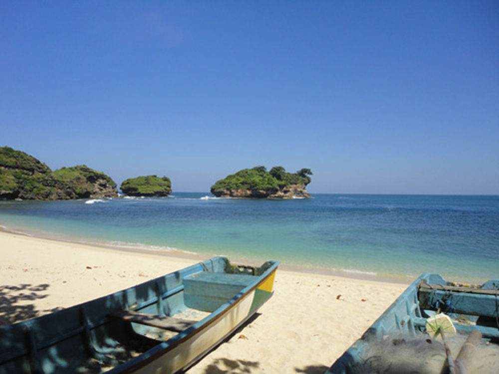 File Watu Karung Beach Pacitan Jpg Wikimedia Commons Pantai Srau