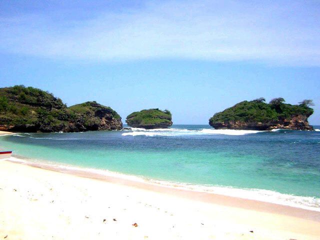 Inilah 8 Pantai Pacitan Jawa Timur Kunjungi Watukarung Srau Kab
