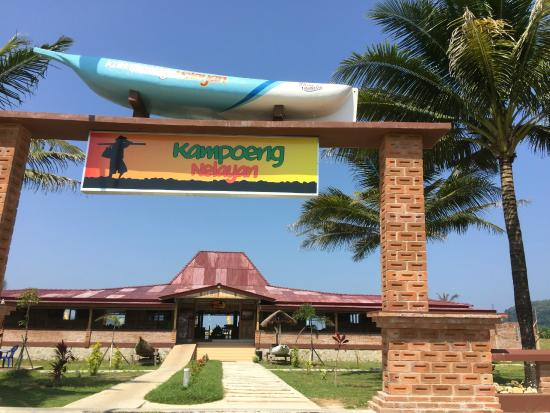 Kampoeng Aeir Water Park Picture Teleng Ria Beach Pacitan Kampung