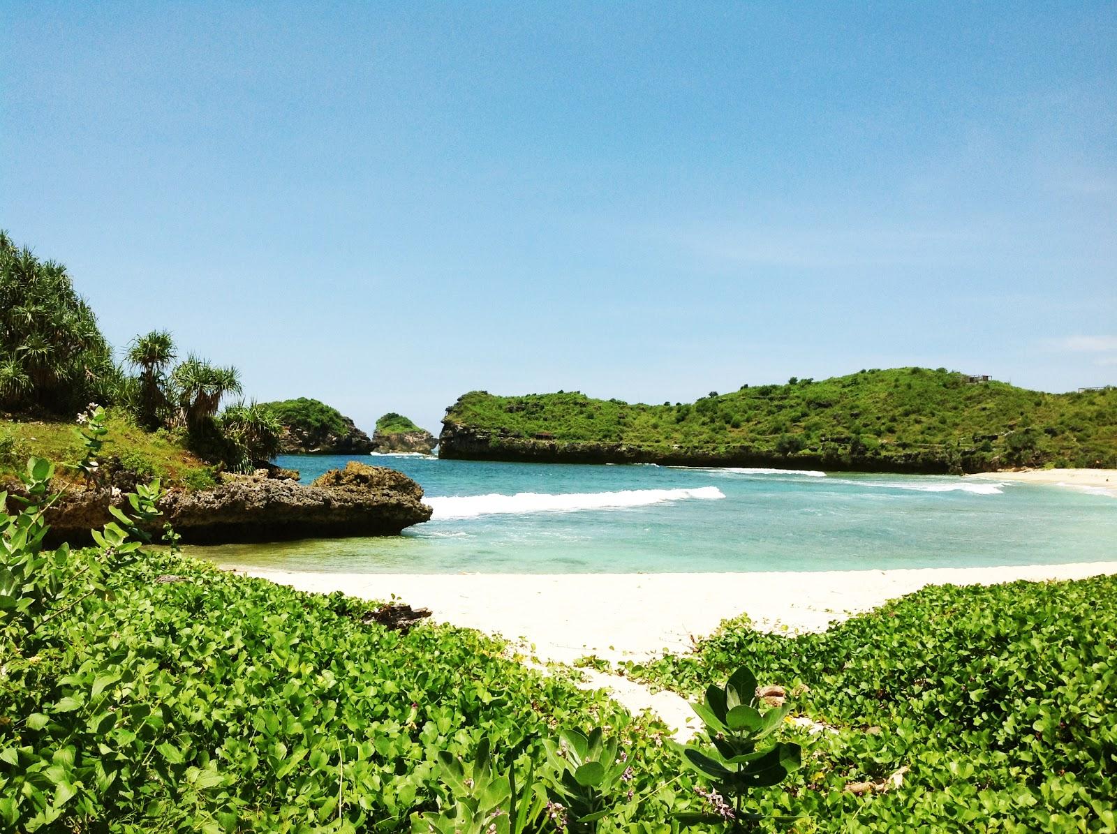 Limakaki Tiga Pantai Kota Pacitan Keindahannya Tersembunyi Bisa Dijadikan Beach