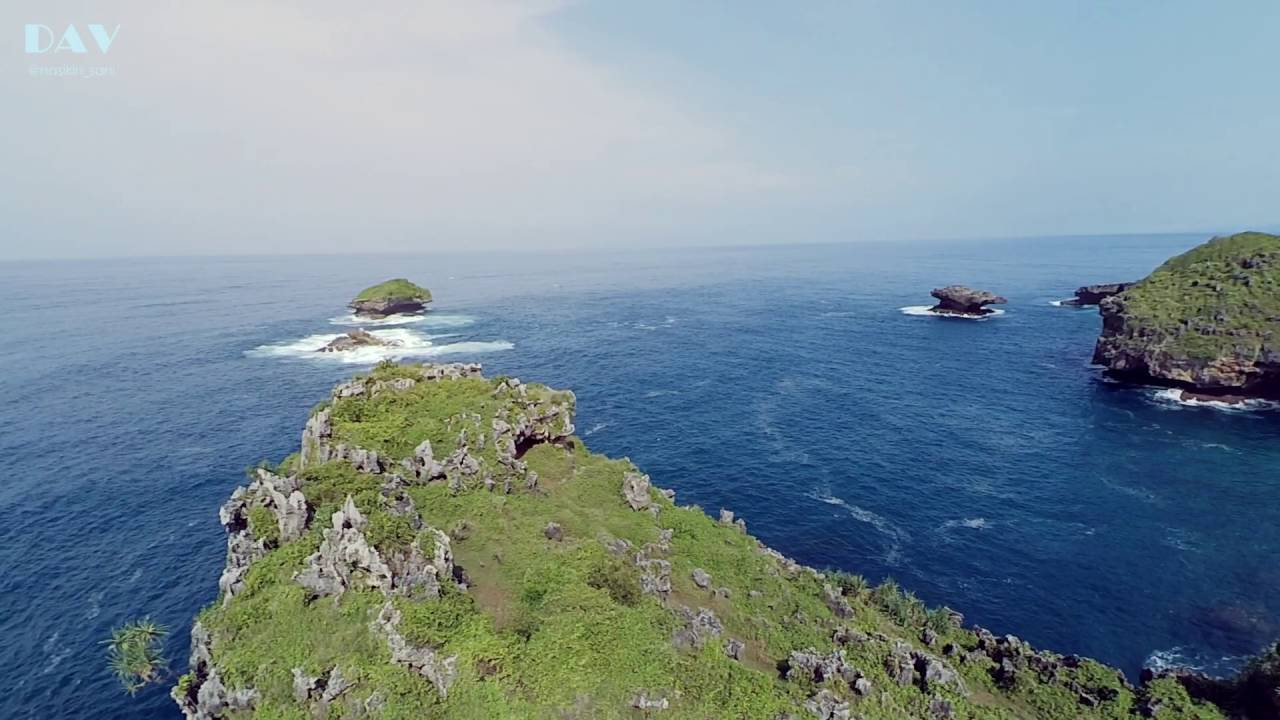 Pantai Srau Beach Pacitan Drone Aerial Video 2016 Youtube Kab