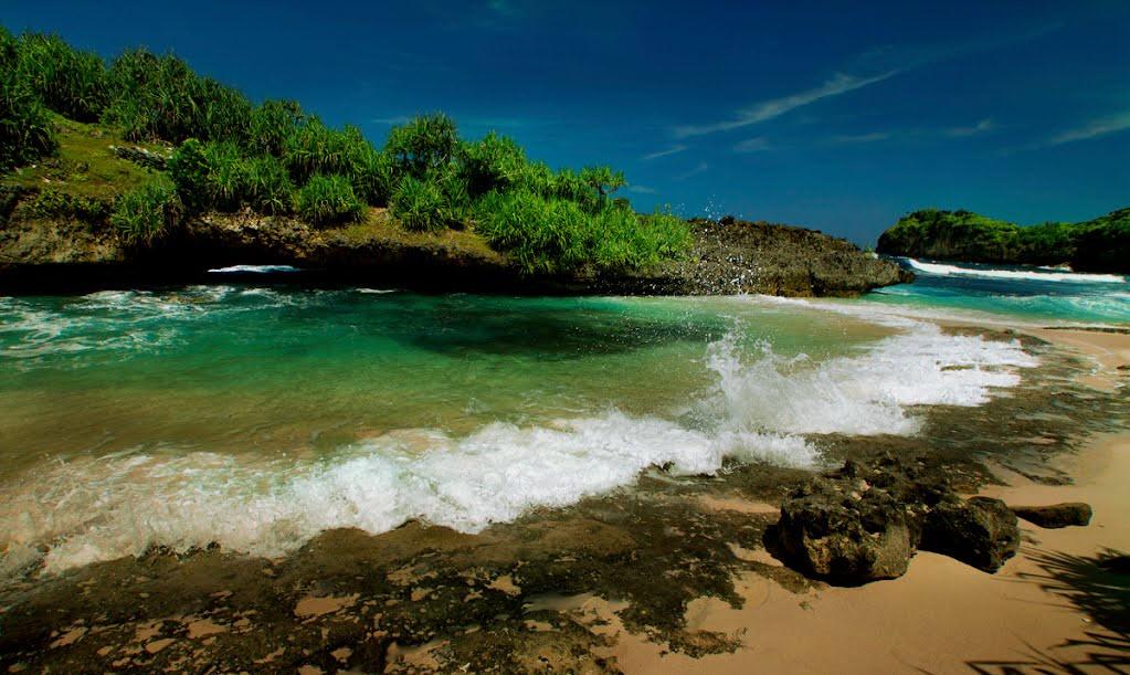 Pantai Srau Indahnya Tersembunyi Pacitan Jawa Timur Kab
