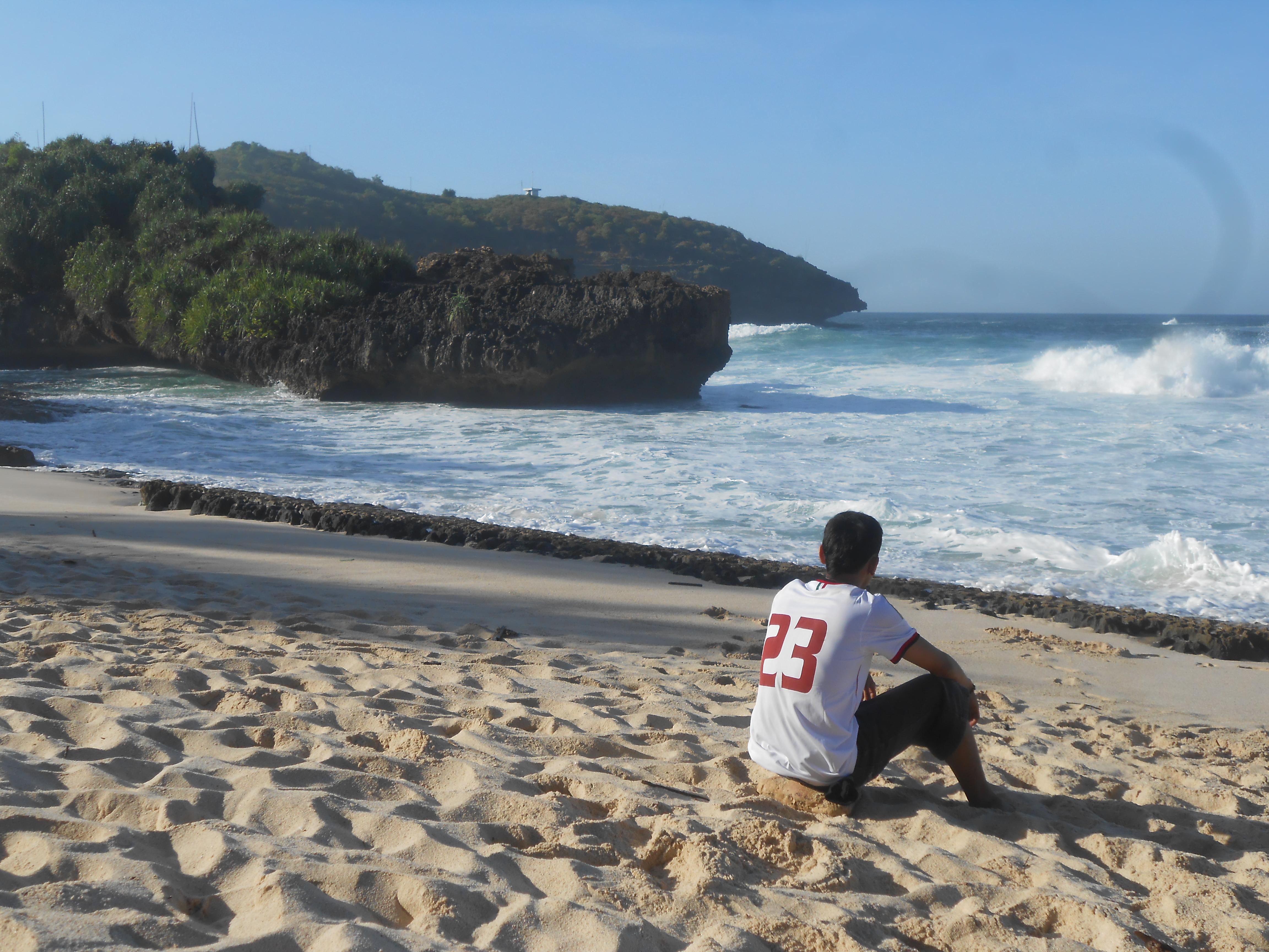 Pantai Srau Nyaman Cocok Buat Camping Pacitan Islamudin Punya Meski