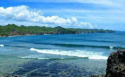 Pantai Srau Pacitan Surganya Surfer Kepitingonline Ya Mungkin Asing Terletak