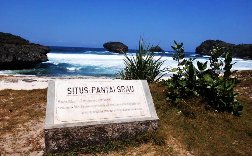 Pantai Srau Perjalanan Pulang Pacitan Project Kab