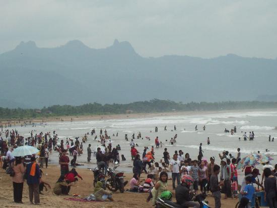 Pantai Teleng Ria Pacitan Panduan Wisata Jogja Srau Kab