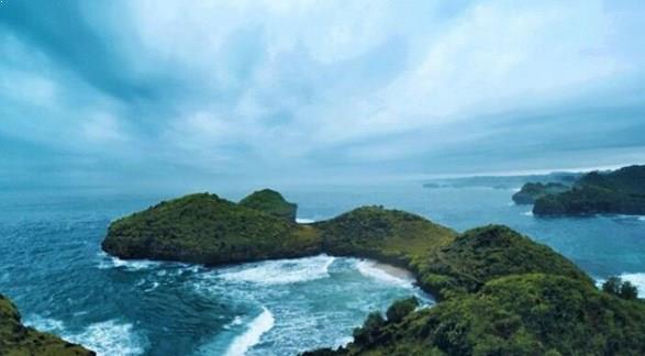 Primadona Pantai Srau Pacitan Jawa Timur Jalan Menuju Lokasi Wisata