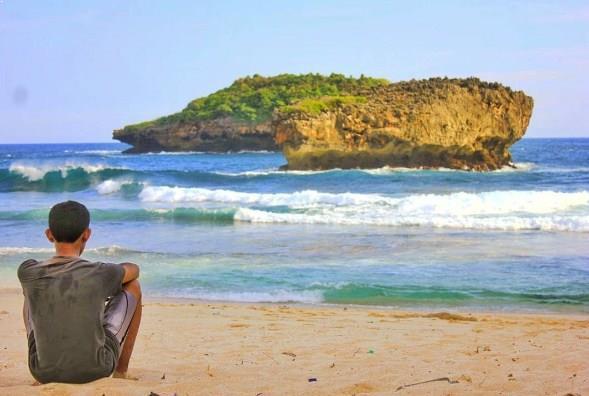 Primadona Pantai Srau Pacitan Jawa Timur Kab