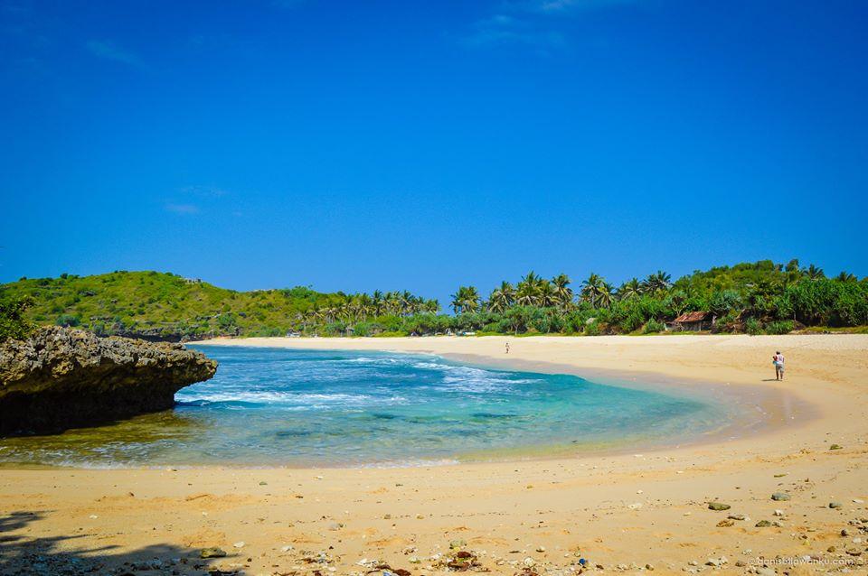 Siapa Bisa Menolak Keindahan Pantai Srau Pacitan Indah Cantik Sayang