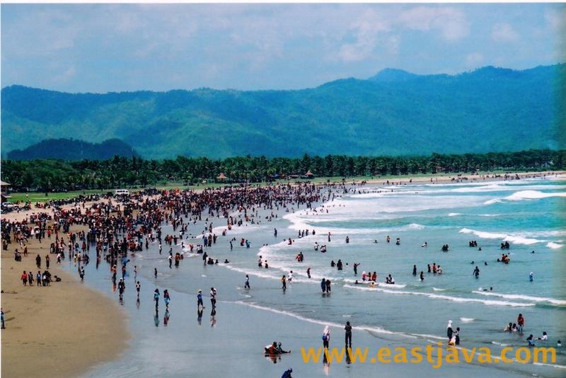 Teleng Ria Beach Pacitan East Java Amazing Natural Images Gallery