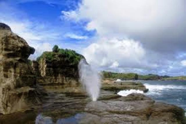 Pantai Klayar Pacitan Jawa Timur Indonesia Travel Trips Jaraknya Sekitar