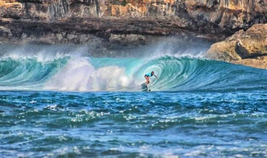 Pantai Teleng Ria Picture Beach Pacitan Tripadvisor Watukarung Surfing Kab