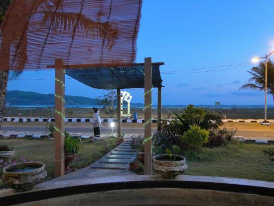 Sea View Restaurant Parai Teleng Ria Beach Resort Picture Pantai