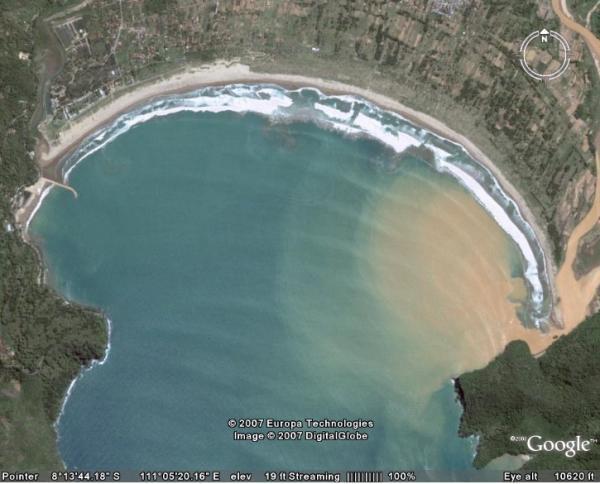 Sopannya Ombak Pantai Teleng Ria Pacitan Newzizzahaz Laut Menjorok Daratan