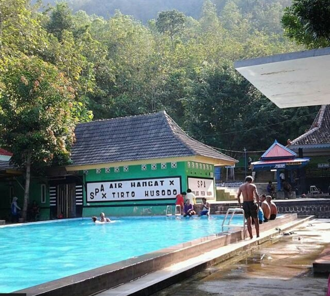 Harga Tiket Masuk Pemandian Banyu Anget Tirto Husodo Pacitan Terbaru