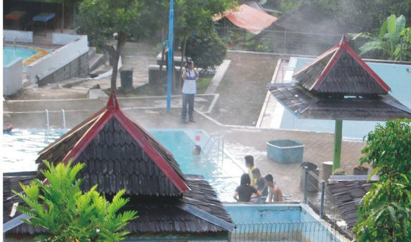 Pemandian Air Panas Tirto Husodo Pacitan Paradise Java Hangat Banyu