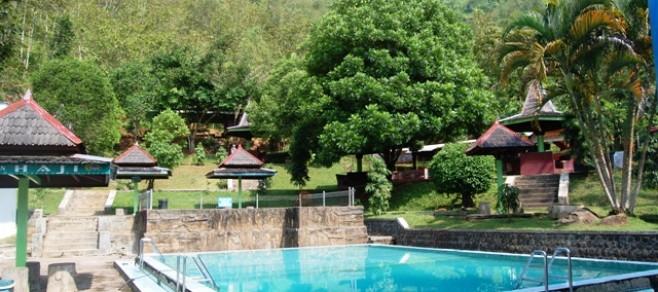 Wisata Alam Pemandian Banyu Anget Pacitan Tourism Board Kab