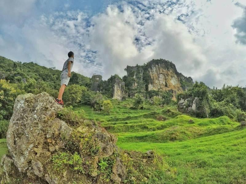 8 Tempat Wisata Ciamik Pamekasan Ngadem Memandangi Kota Bukit Waru
