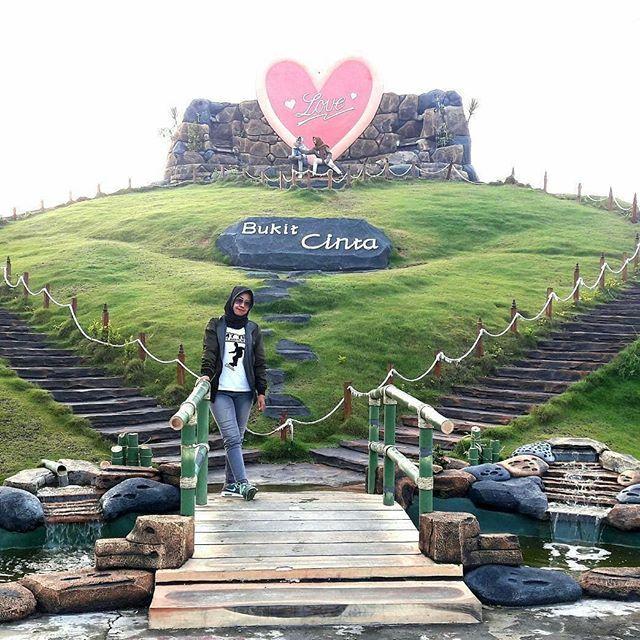 Jamilah8614 Bukit Cinta Loc Wisata Selamat Pagi Madura Pamekasan Kab