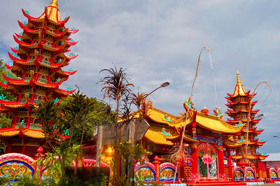 Penampakan Foto Vihara Avalokitesvara Bukit Cinta Referensi Tempat Wiata Pamekasan