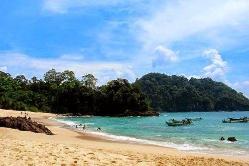 Sejarah Pantai Jumiang Legenda Bukit Cinta Pamekasan Kab