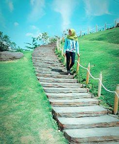 Wisata Bukit Cinta Selamat Pagi Madura Pengunjung Mengambil Arah Jokotole