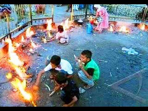 Api Tak Kunjung Padam Pamekasan Madura Youtube Wisata Kab