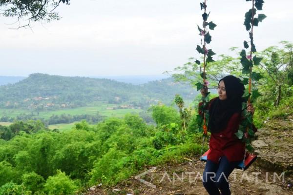 Pamekasan Kembangkan Wisata Desa Bukit Brukoh Antara News Jawa Kab