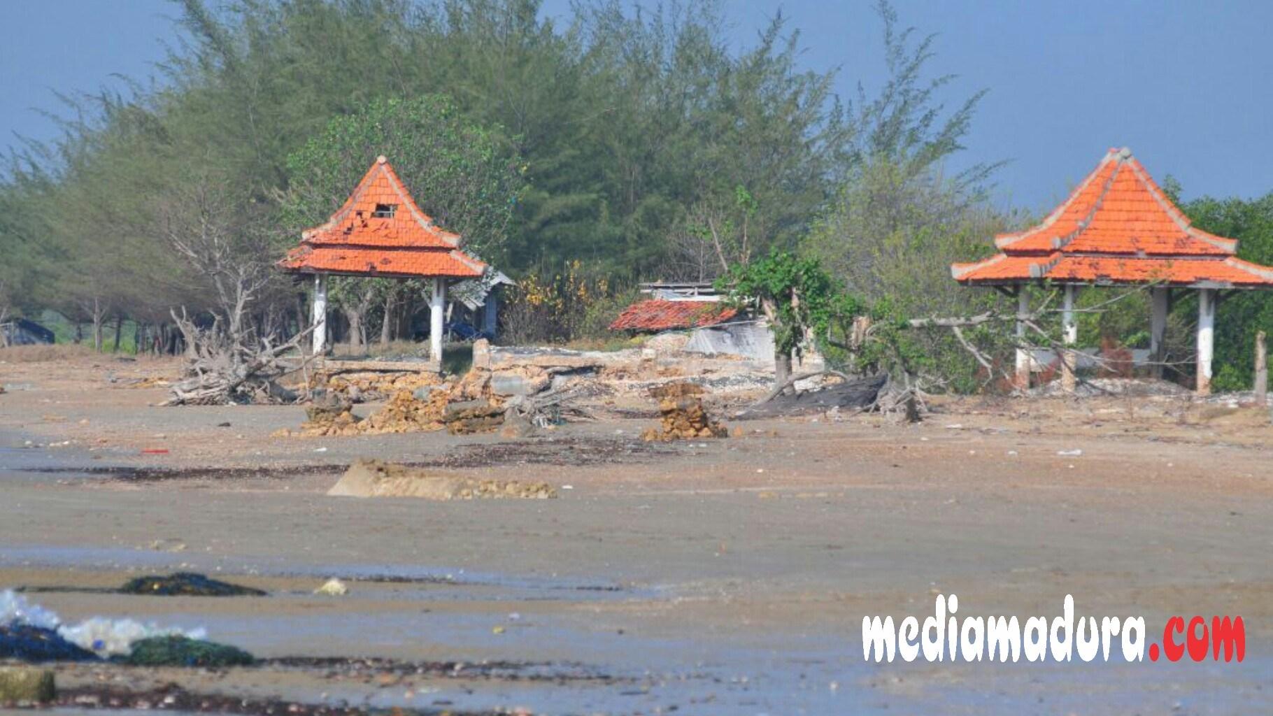 Tak Terawat Pantai Jumiang Pamekasan Kumuh Media Madura Wisata Kab