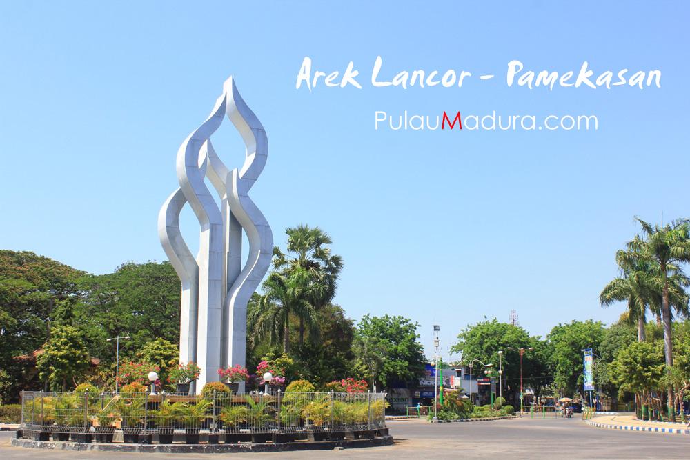 Wisata Monumen Tugu Arek Lancor Pamekasan Gerbang Pulau Madura Kab