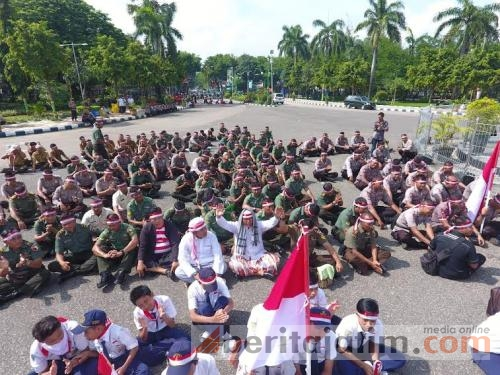 Apel Nusantara Bersatu Monumen Arek Lancor Beritajatim Pamekasan Nasional Kab