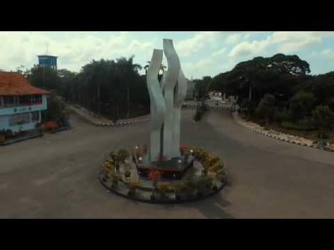 Gilaa Pamekasan Keren Abizzz Monumen Nasional Arek Lancor Icon Kota