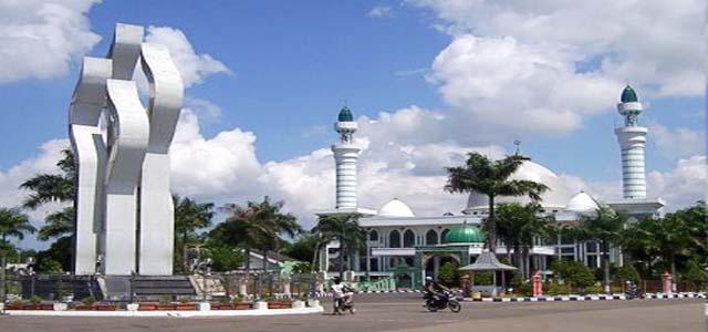 Sejarah Pamekasan Monumen Arek Lancor Short Steps Kabupaten Lahir Proses