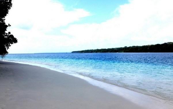 Pantai Carita Daya Tarik Mitos Sejarah Alamat Tiket Masuk Kab
