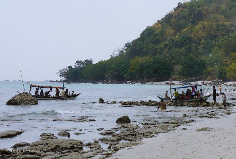 6 Wisata Pantai Pandeglang Banten Ciputih Kab