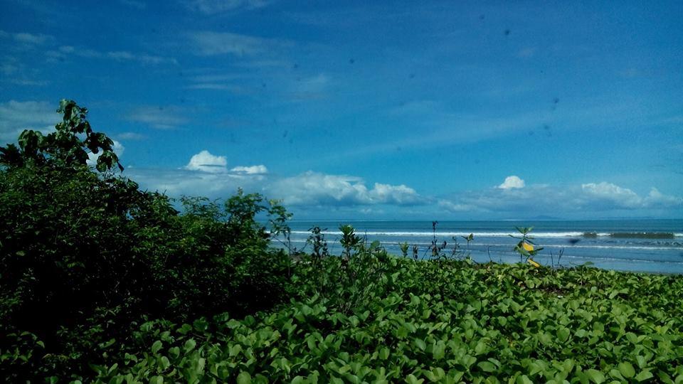 Kunjungan Tak Terduga Pantai Tanjung Lesung Bernama Kita Temui Jalan