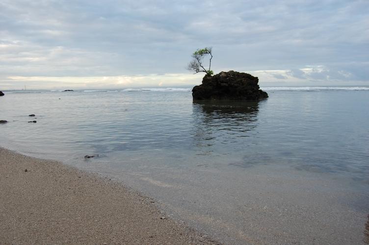 Wisata Kenali Daerah Cintai Negeri Pulau Badur Pantai Ciputih Kab