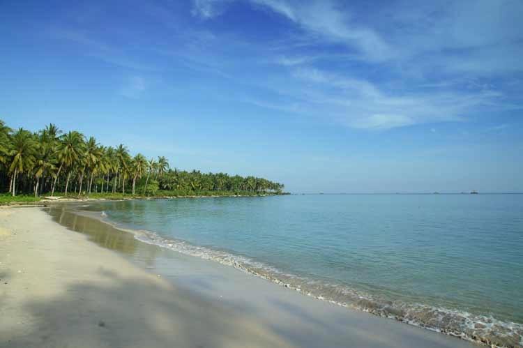 Yukjalan2 Pantai Ciputih Banten Kab Pandeglang