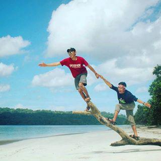 Banten Wowbanten Instagram Posts Deskgram Pulau Peucang Ujungkulon Terdapat Selat