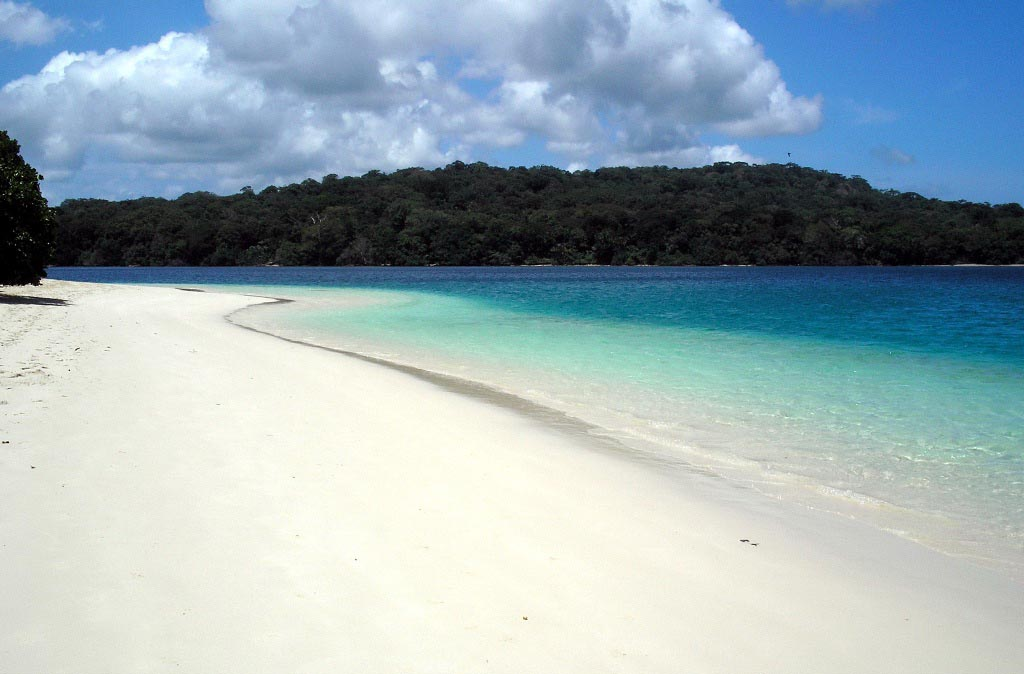 Indahnya Pantai Pulau Peucang Banten Panaitan Kab Pandeglang